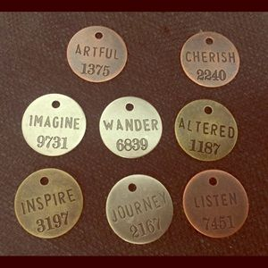Jewelry - Stamped graphic saying charms